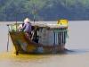 hue-tourist-boat-1